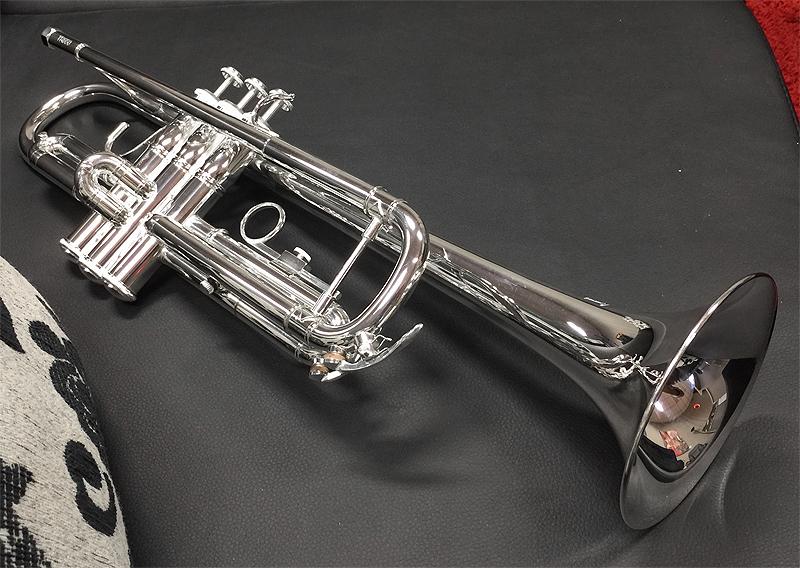 Profi Bach TR650S B-Trompete versilbert inkl Ventilöl und Leichtetui Mundstück