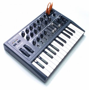 ARTURIA MicroBrute Analoger Synthesizer