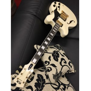FGN Masterfield EB AWH Hollowbody Semiakustik-Gitarre inkl. Koffer, antique white