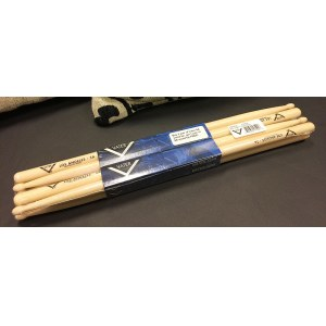 VATER American Hickory Wood Tip 5A (4 Paar) American Hickory Drumsticks (Los Angeles)