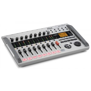 ZOOM R-24 Digitaler 24-Spur-Multitracker inkl. Cubase LE